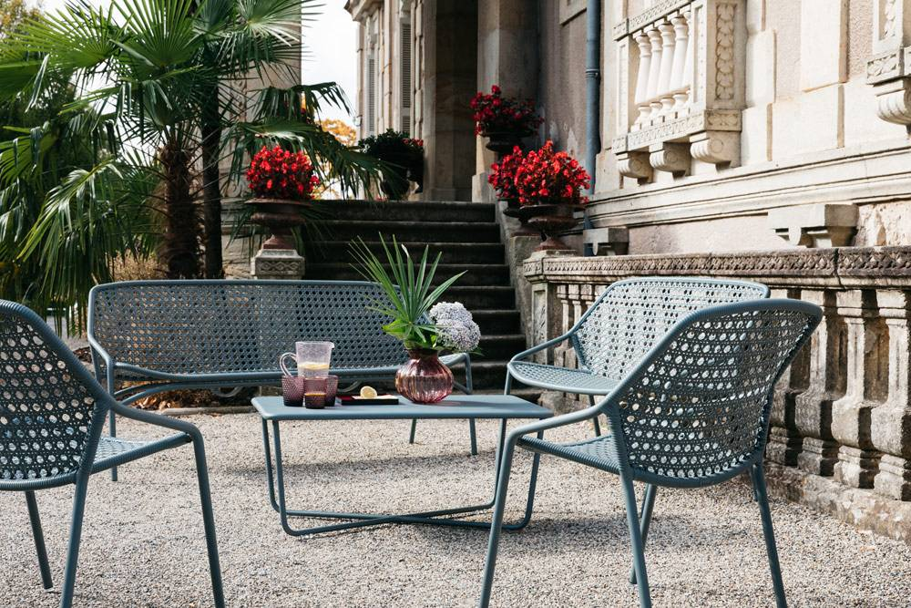 o acheter un salon de jardin r sistant fermob lyon magasin de meubles design lyon. Black Bedroom Furniture Sets. Home Design Ideas