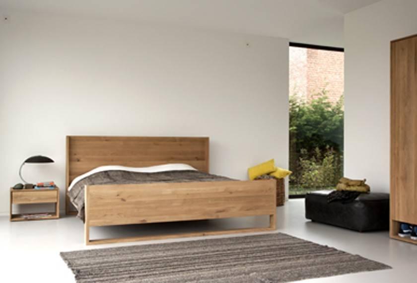 chevet nordic en ch ne ethnicraft magasin de meubles design lyon ameublement et d coration. Black Bedroom Furniture Sets. Home Design Ideas