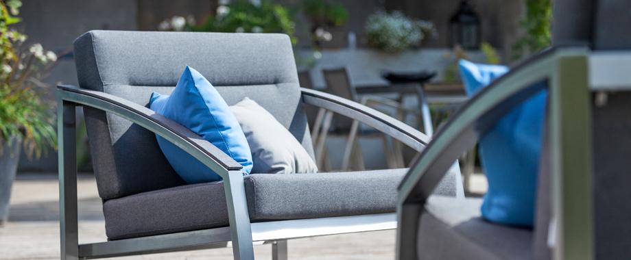 mobilier d ext rieur aux styles vari s et prix bas magasin de meubles design lyon. Black Bedroom Furniture Sets. Home Design Ideas