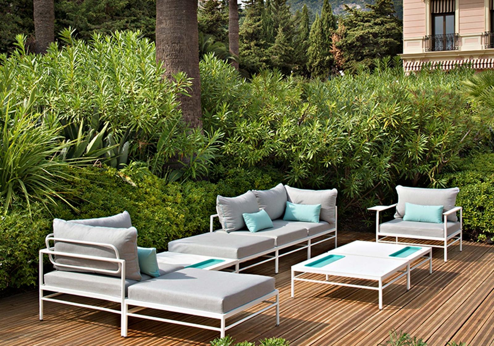 mobilier de jardin design pour profiter du jardin salon d. Black Bedroom Furniture Sets. Home Design Ideas