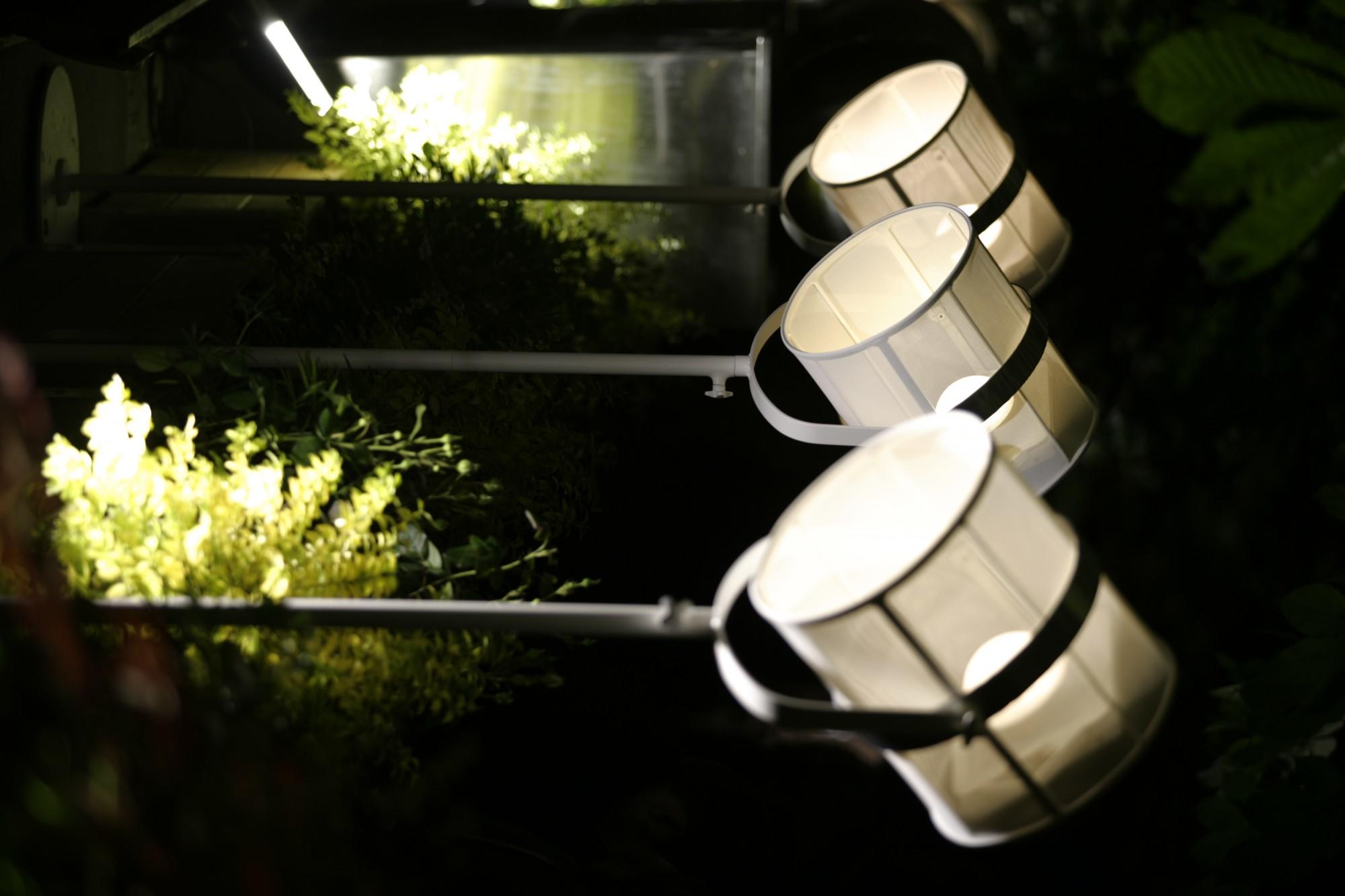 acheter luminaires de jardin design fatboy maiori fermob et structures lyon pas chers. Black Bedroom Furniture Sets. Home Design Ideas