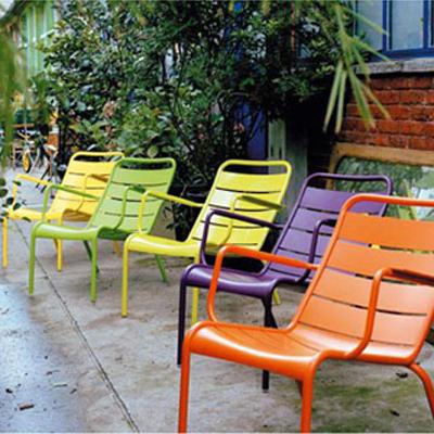 Mobilier de jardin design fermob pas cher chez magasin de meubles design - Mobilier jardin fermob pas cher toulon ...