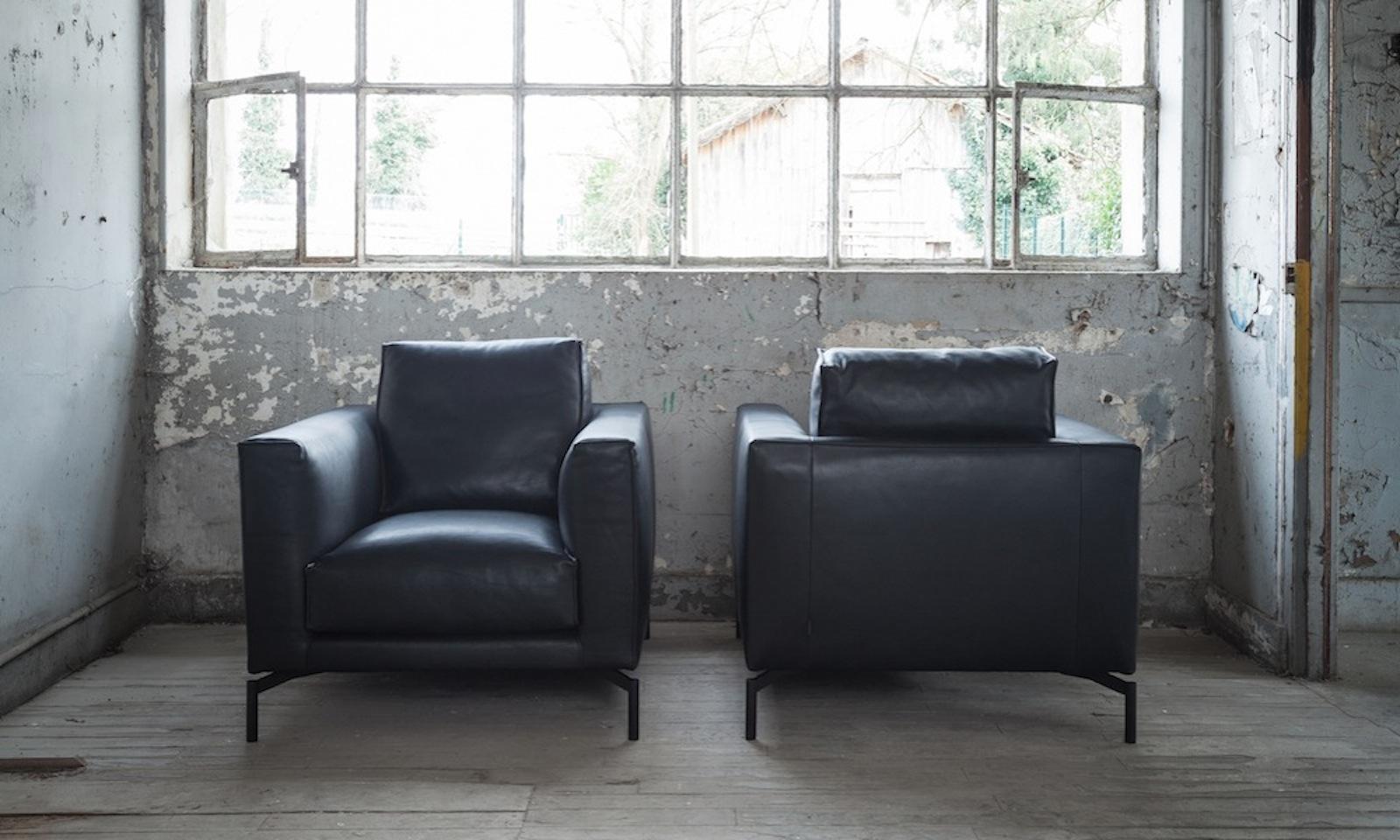 Canap s design et contemporain triss de fabrication haut de gamme en cuir ou en tissu for Fabricants de meubles haut de gamme